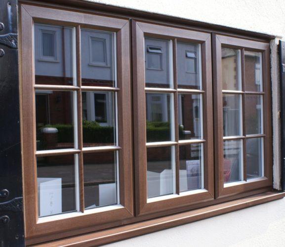 Поверхность окна может повторять структуру дерева